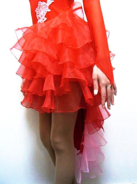 ラテンドレス